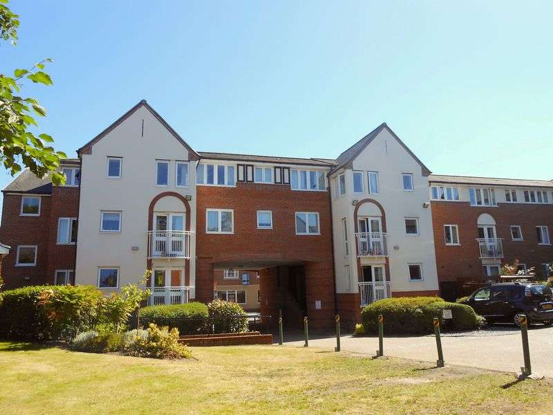 2 Bedrooms Flat for sale in Hazeldine Court, Longden Coleham, Shrewsbury: NO CHAIN ** PRICED TO SELL**