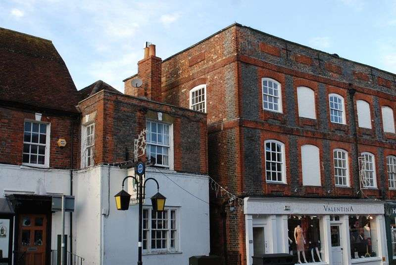 3 Bedrooms Flat for sale in Newbury Street, Wantage