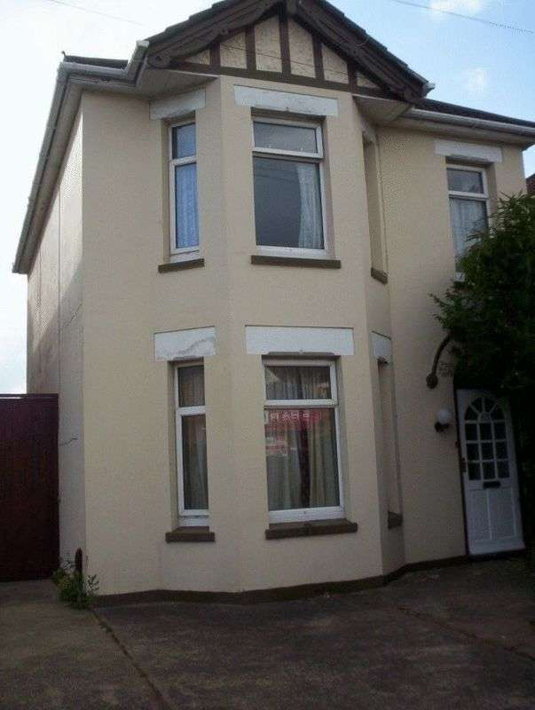 6 Bedrooms Detached House for rent in Bennett Road, Bournemouth