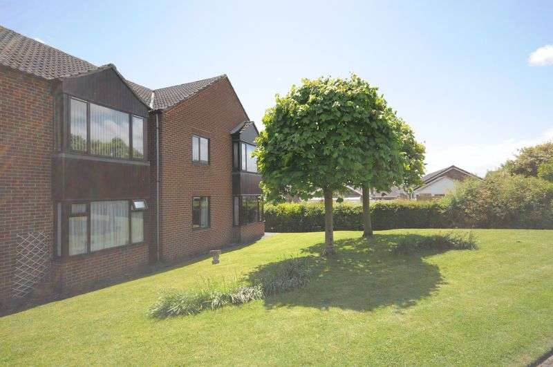 1 Bedroom Flat for sale in Willow Meadow Road, Ashbourne