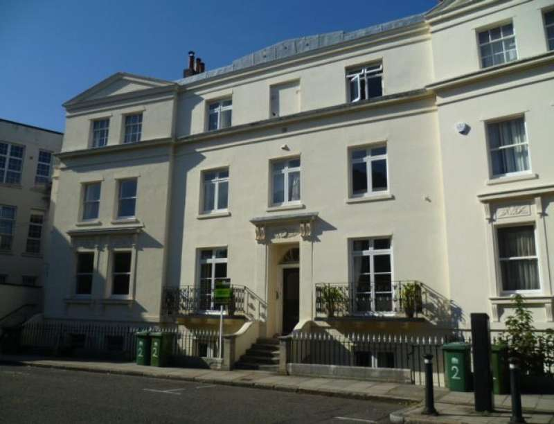Flat for rent in Rockstone Place, Southampton, SO15