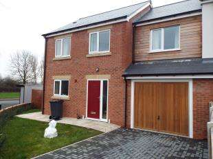 3 Bedrooms Terraced House for sale in Caxton Court, Moorland View, Stoke-On-Trent, Staffordshire