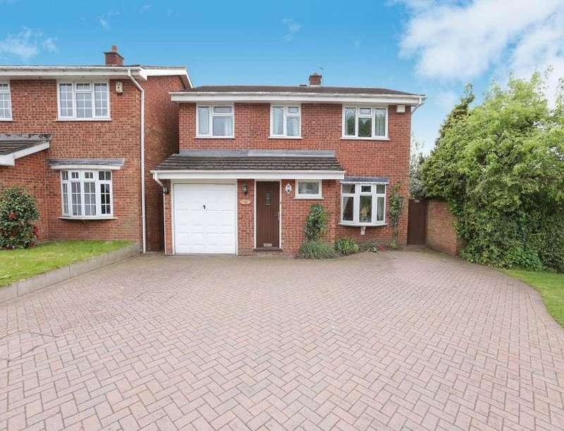 4 Bedrooms Detached House for sale in Richmond Drive, Perton, Wolverhampton, WV6