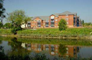 1 Bedroom Flat for sale in Miller Gardens, Riverside, Preston, Lancashire, PR1