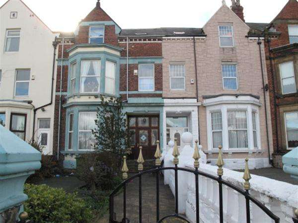 7 Bedrooms Terraced House for sale in Salisbury Place
