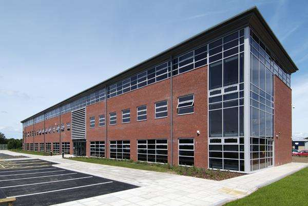 Office Commercial for rent in Ellesmere Business Centre, Pioneer Business Park - Ellesmere Port, Liverpool