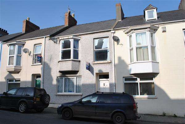 4 Bedrooms Terraced House for sale in 37 Bush Street
