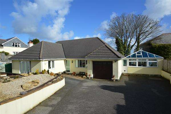 4 Bedrooms Detached House for sale in CARHARRACK