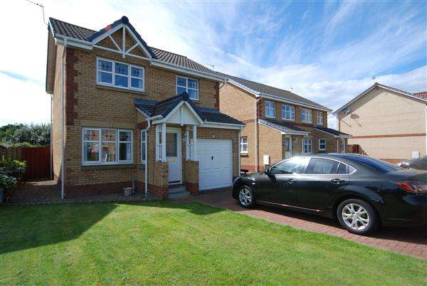 3 Bedrooms Detached House for sale in Landsborough Court, Saltcoats
