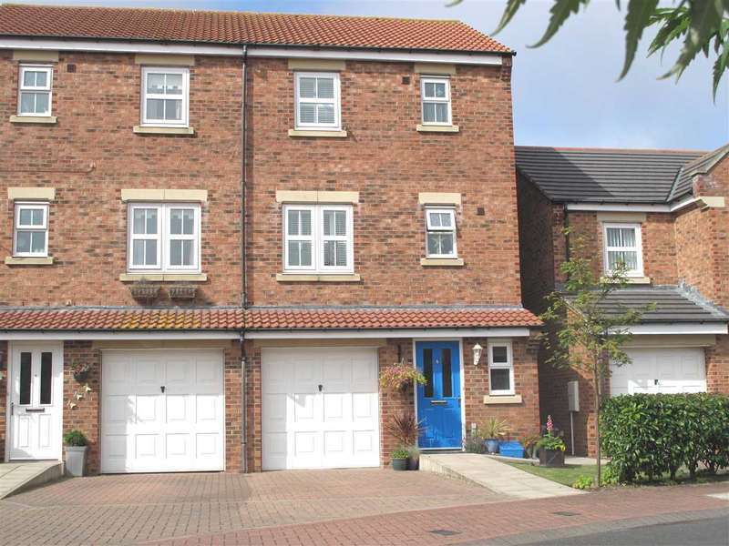 4 Bedrooms Semi Detached House for sale in Torwood Court, Cramlington