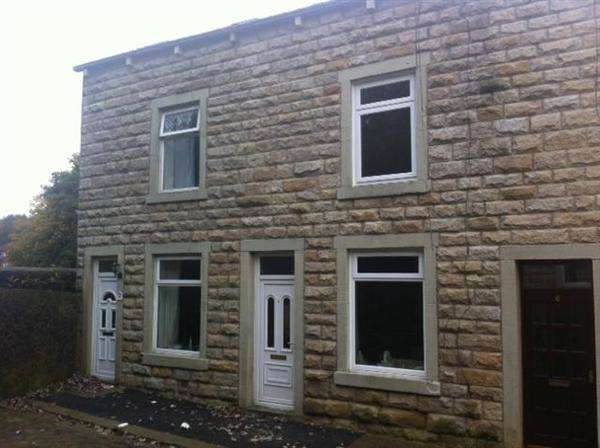 3 Bedrooms Terraced House for sale in St John Street, Bacup