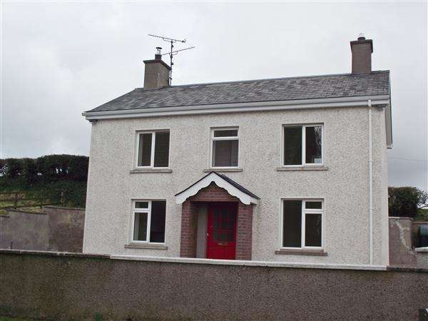3 Bedrooms Detached House for sale in 158 Screeby Road