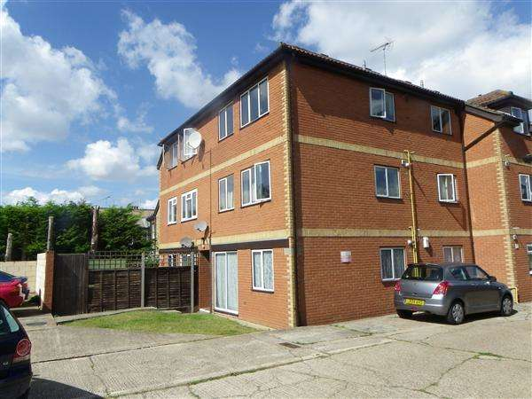 1 Bedroom Apartment Flat for sale in Essex Road, Gravesend