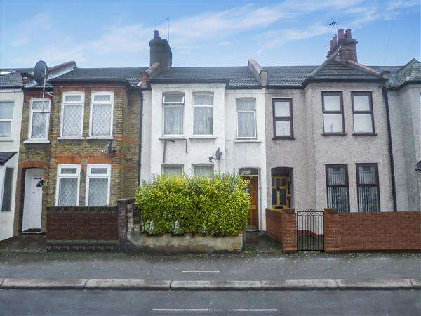 3 Bedrooms Terraced House for sale in Fulbourne Road, London