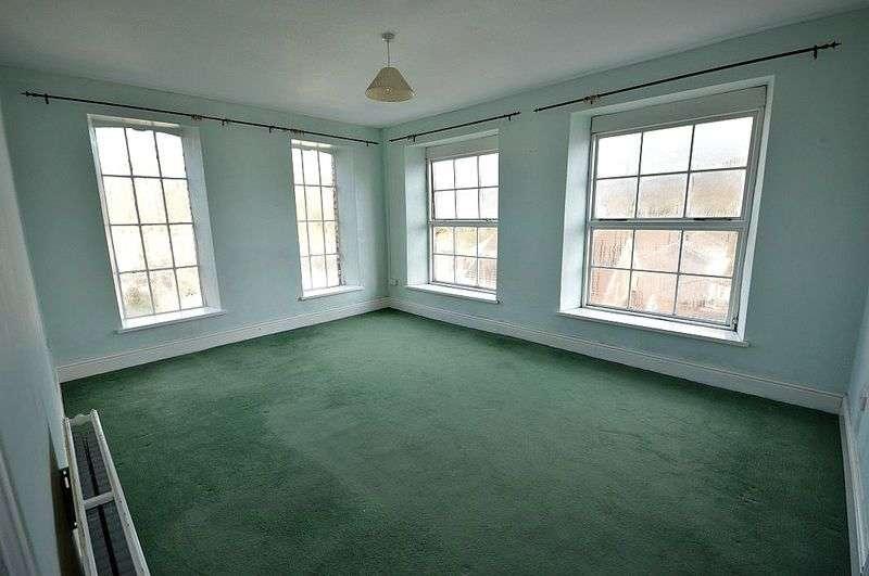 2 Bedrooms House for sale in Osborne Road, Pontypool