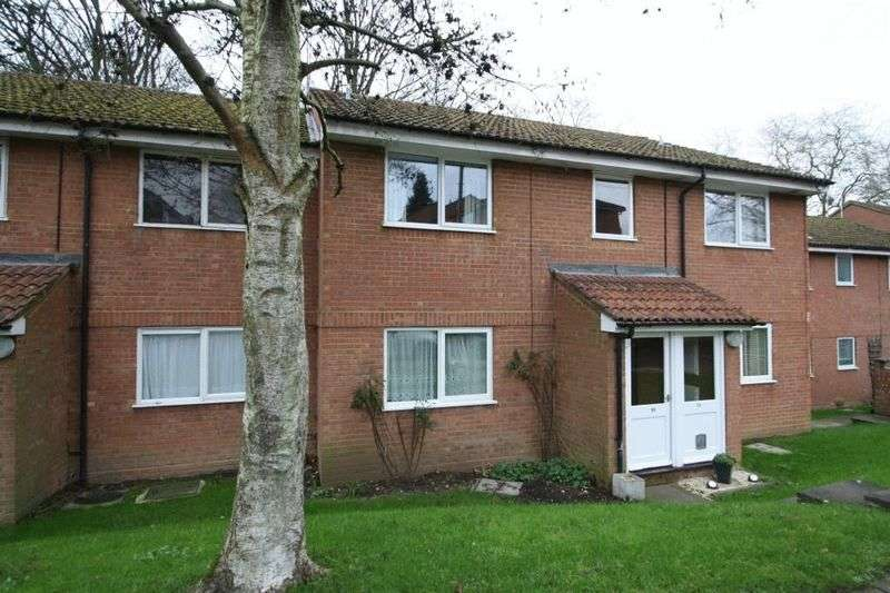 1 Bedroom Flat for sale in Eaton Avenue, High Wycombe