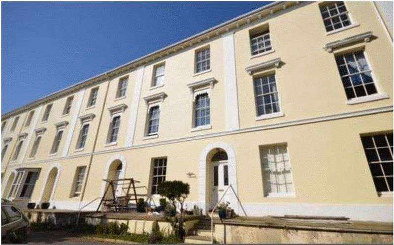 8 Bedrooms Terraced House for sale in Haldon Terrace, Dawlish