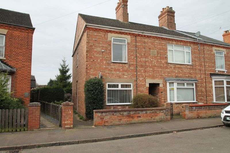 3 Bedrooms Terraced House for sale in Havelock Street, Spalding