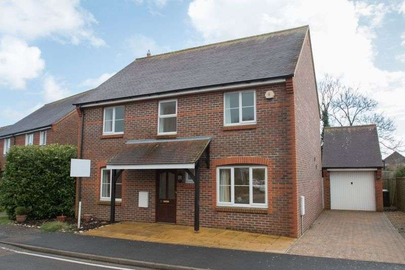4 Bedrooms Detached House for sale in Walwyn Close, Birdham