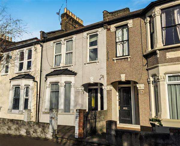 2 Bedrooms Apartment Flat for sale in Callis Road, London