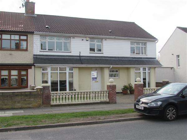 4 Bedrooms Semi Detached House for sale in Whitefield Drive, Kirkby