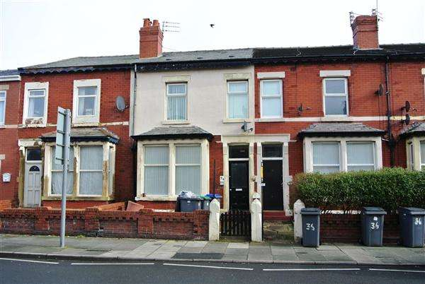 4 Bedrooms Property for sale in Grasmere Road, Blackpool