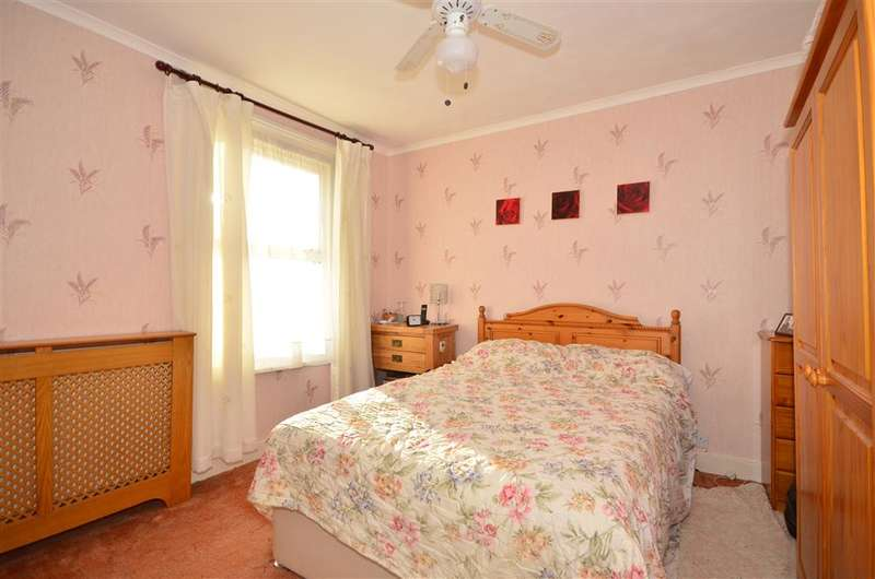 2 Bedrooms End Of Terrace House for sale in Osborne Road, Ryde, Isle of Wight