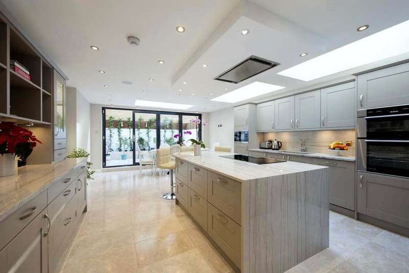 4 Bedrooms Terraced House for sale in Filmer Road, Munster Village, Fulham, London, SW6