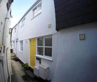 1 Bedroom Terraced House for sale in Padstow, Cornwall