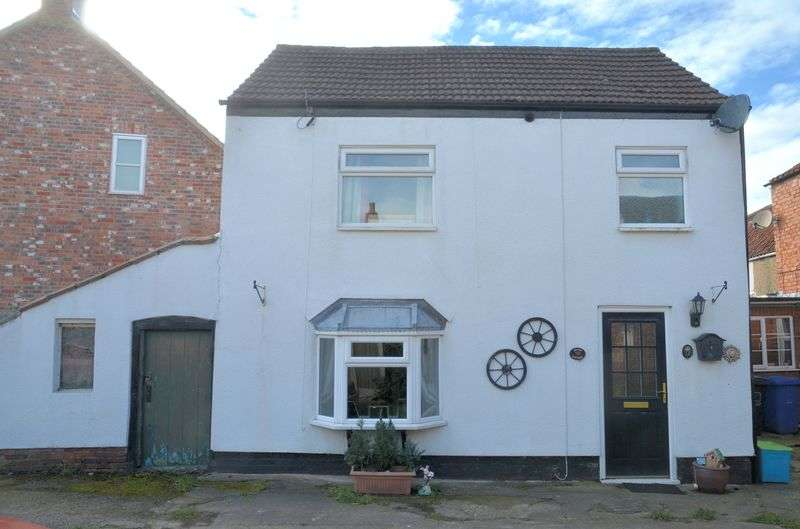 2 Bedrooms Detached House for sale in Silver Street, Bardney, Lincoln