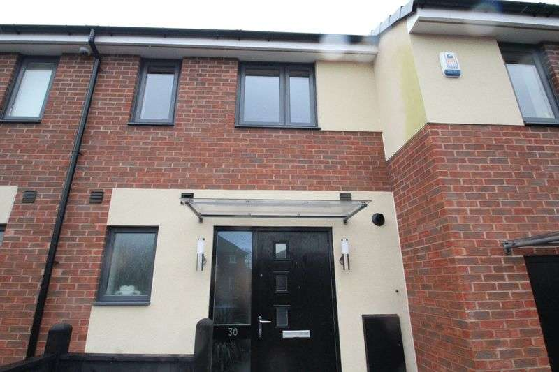 2 Bedrooms Terraced House for sale in Avoncliffe Close, Rochdale OL11 2LU