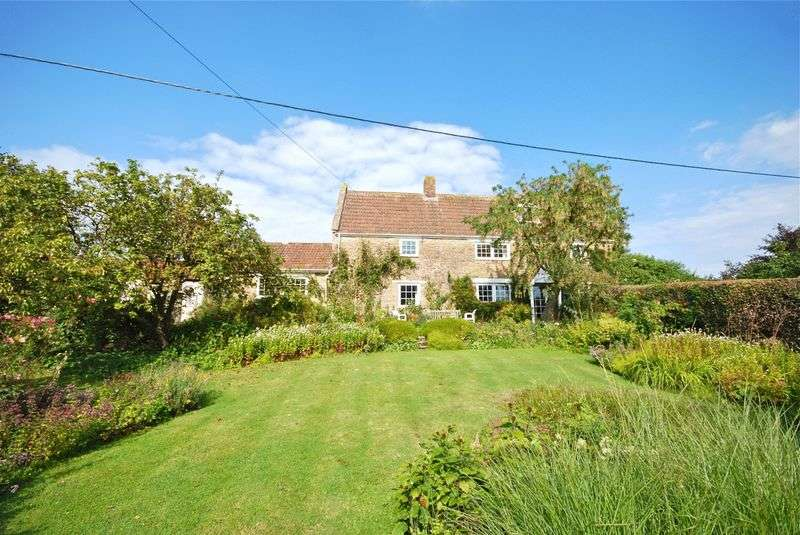 4 Bedrooms Detached House for sale in Wyke Champflower, Bruton