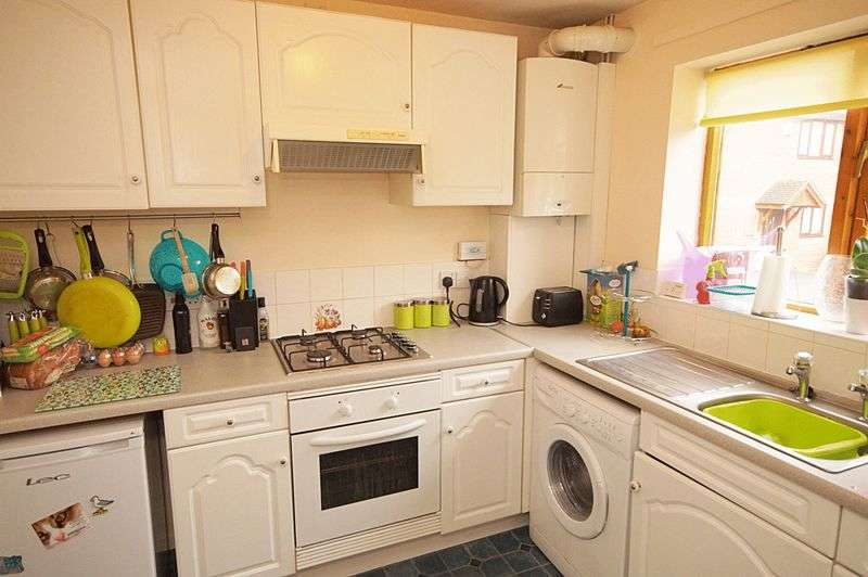 2 Bedrooms Terraced House for sale in Mayfield Mews, Crewe