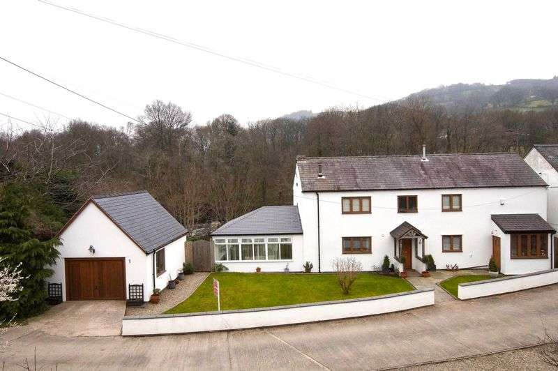 2 Bedrooms Detached House for sale in Llangollen, Denbighshire