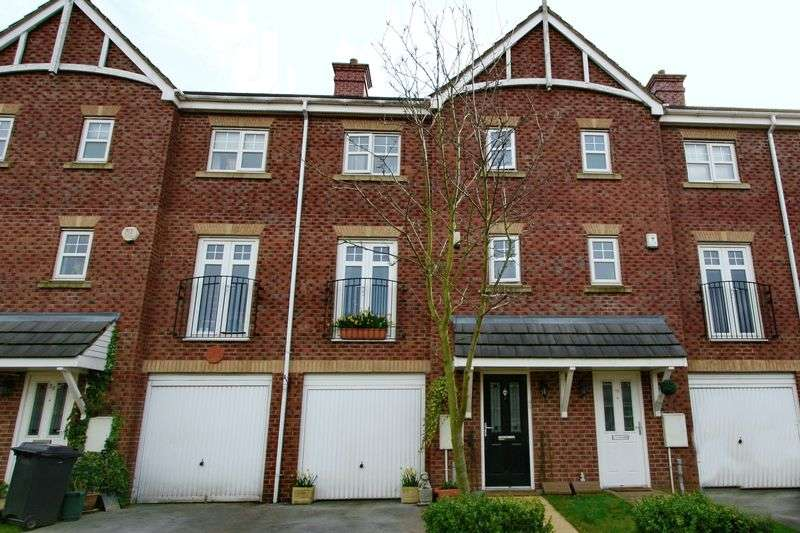 4 Bedrooms Terraced House for sale in Ellesmere Green, Monton, Eccles