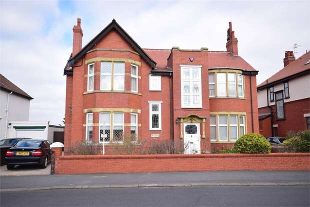 4 Bedrooms Detached House for sale in 183 St Andrews Road South, LYTHAM ST ANNES, Lancashire