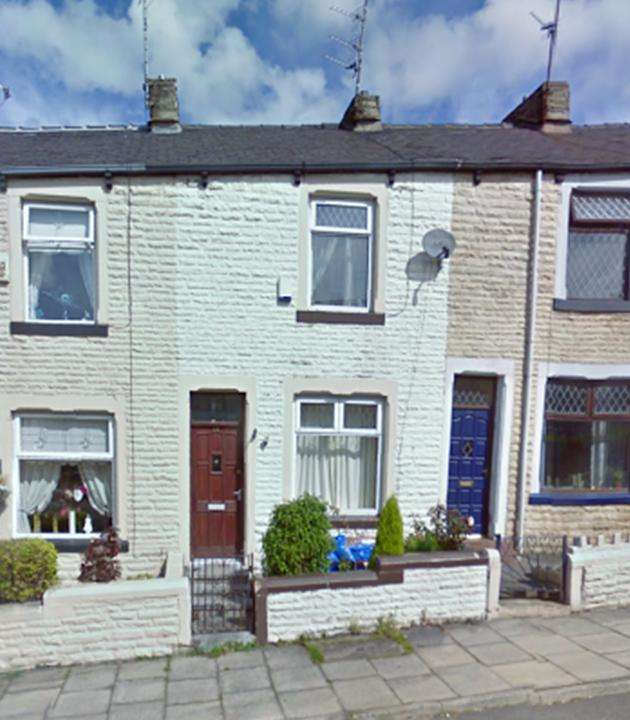 3 Bedrooms Terraced House for sale in St Johns Road, Burnley, BB12 6RP