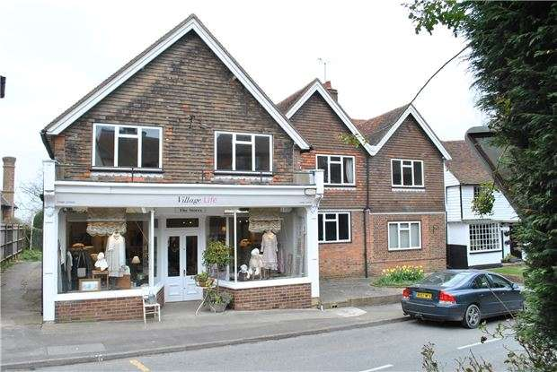 3 Bedrooms Flat for sale in North Road, Goudhurst, TN17 1AR