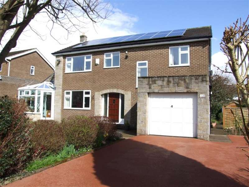5 Bedrooms Detached House for sale in Smithfield Avenue, Hipperholme, Halifax, HX3 8HZ