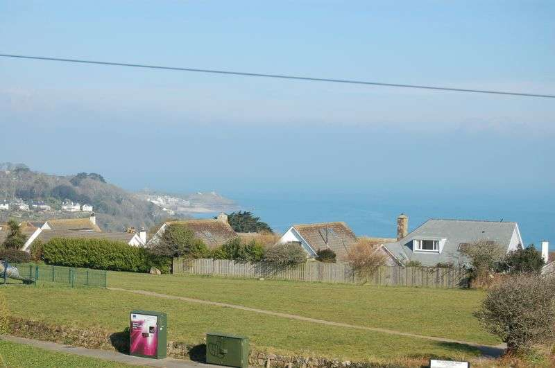 2 Bedrooms Flat for sale in St. Ives Road, Carbis Bay