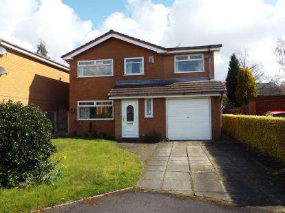 4 Bedrooms Detached House for sale in Crombouke Drive, Leigh, Greater Manchester