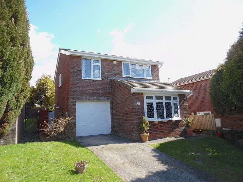 4 Bedrooms Detached House for sale in The Chase Brackla Bridgend CF31 2JH