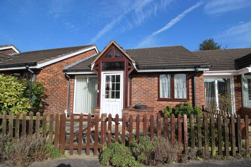1 Bedroom Detached Bungalow for sale in Vicarage Lane, Wrexham