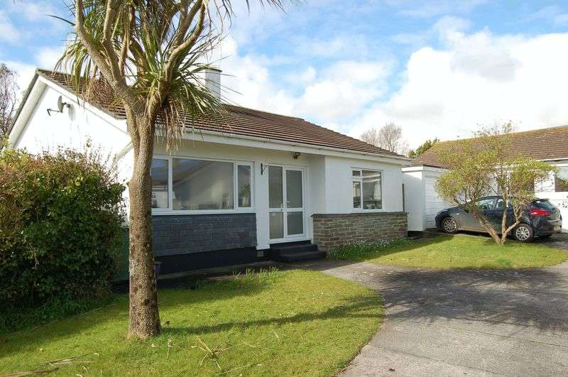 3 Bedrooms Detached Bungalow for sale in Polmennor Drive, Carbis Bay
