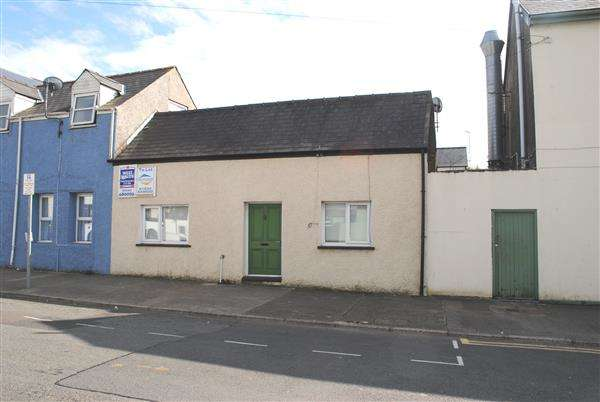 1 Bedroom Cottage House for sale in Brewery House, Albion Square, Pembroke Dock