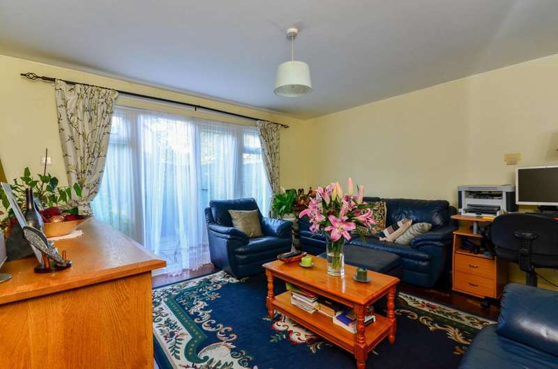 3 Bedrooms House for sale in Lord Holland Lane, Oval, SW9