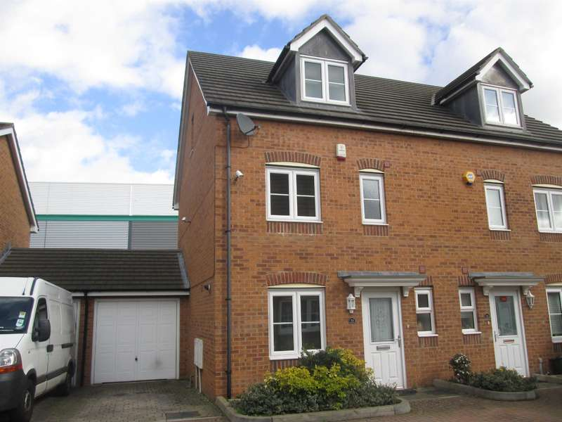 3 Bedrooms Semi Detached House for sale in South Hayes, Middlesex
