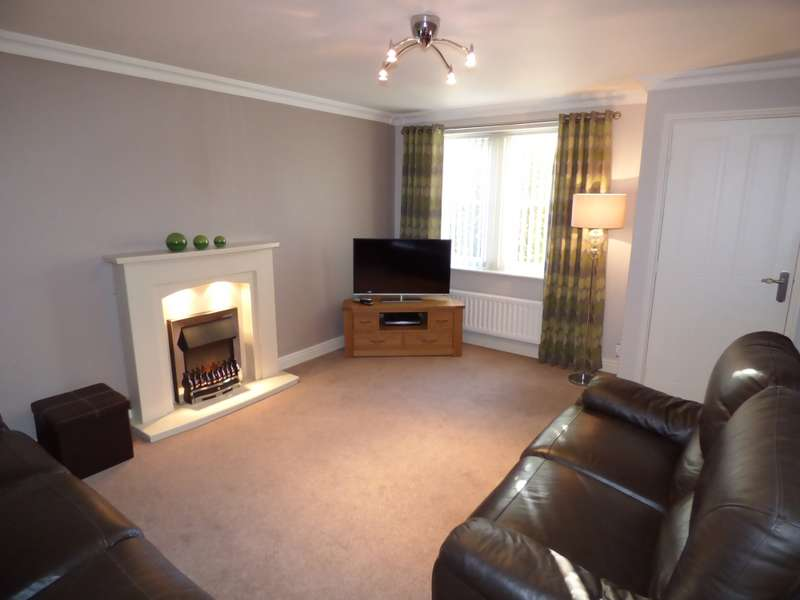 3 Bedrooms Semi Detached House for sale in Worcester Close, St Helens, Merseyside, WA10