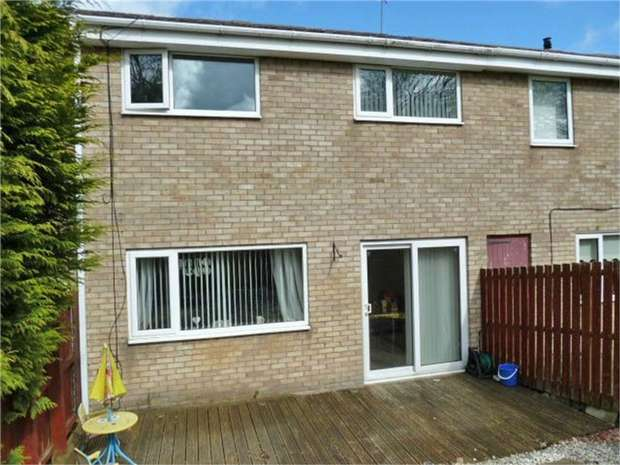 3 Bedrooms Terraced House for sale in Axminster Close, Cramlington, Northumberland