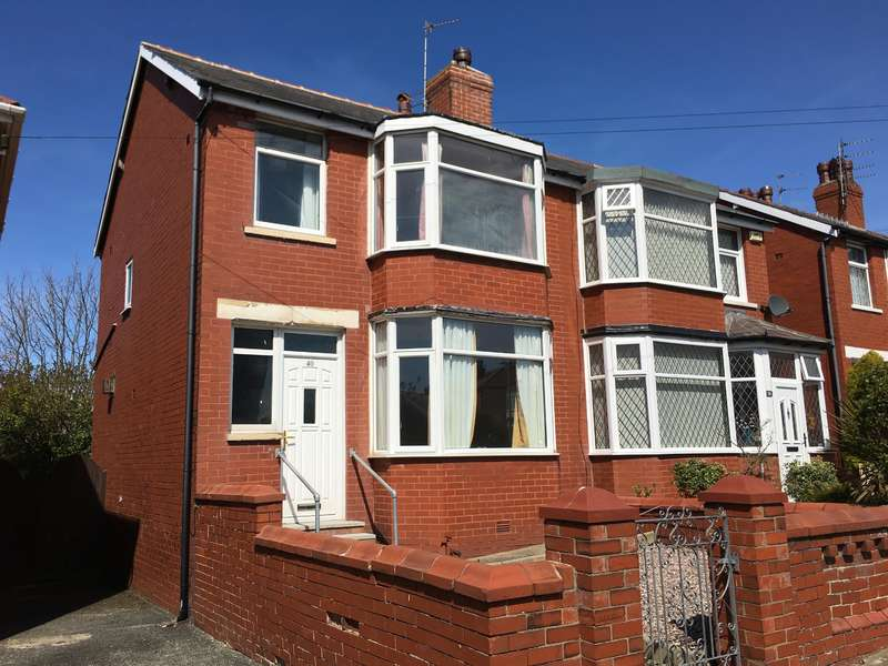 3 Bedrooms Semi Detached House for sale in Colchester Road, Stanley Park, Blackpool, FY3 9RL